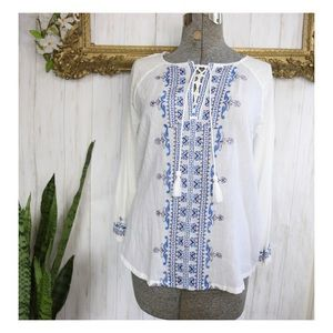 Lucky Brand Boho white & Blue Embroidered Blouse